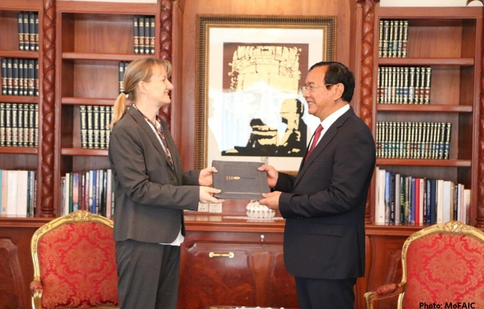 Courtesy visit on the Royal Government of Cambodia